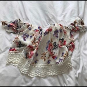 So pretty floral off the shoulder crop top!
